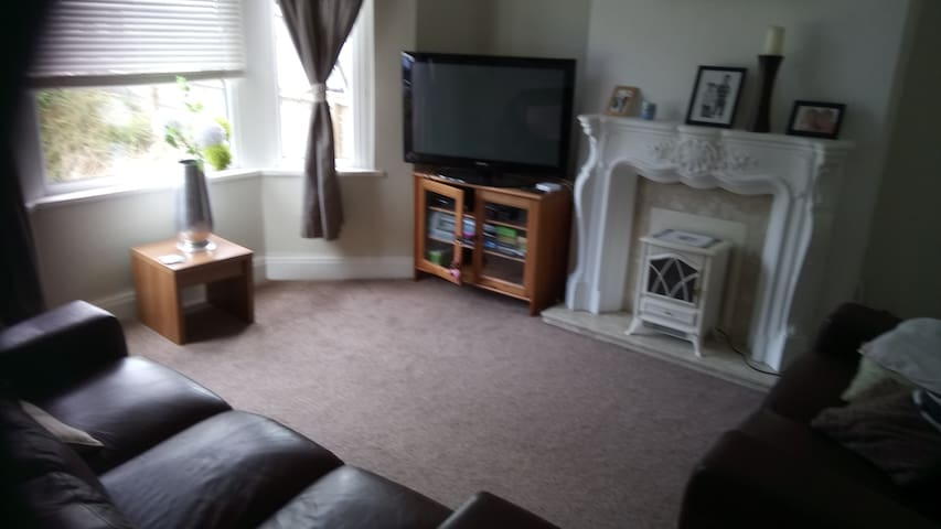 House to rent in Cardiff from 2nd to 4th June 2017