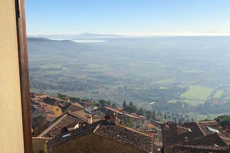 """La finestra sulla Toscana"", vista incantevole"