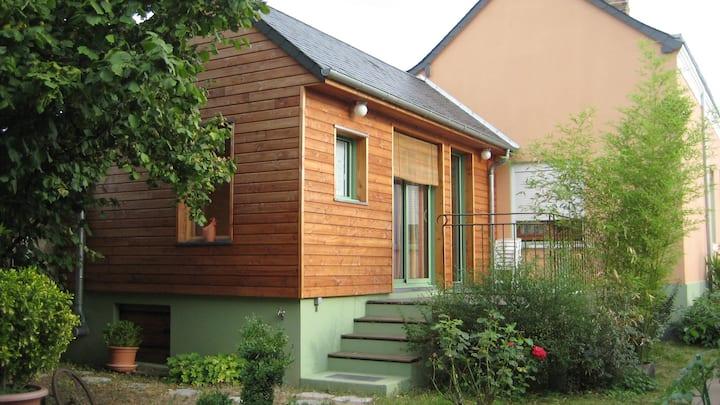 Maisonnette bois, 15' à pied centre ville de Tours