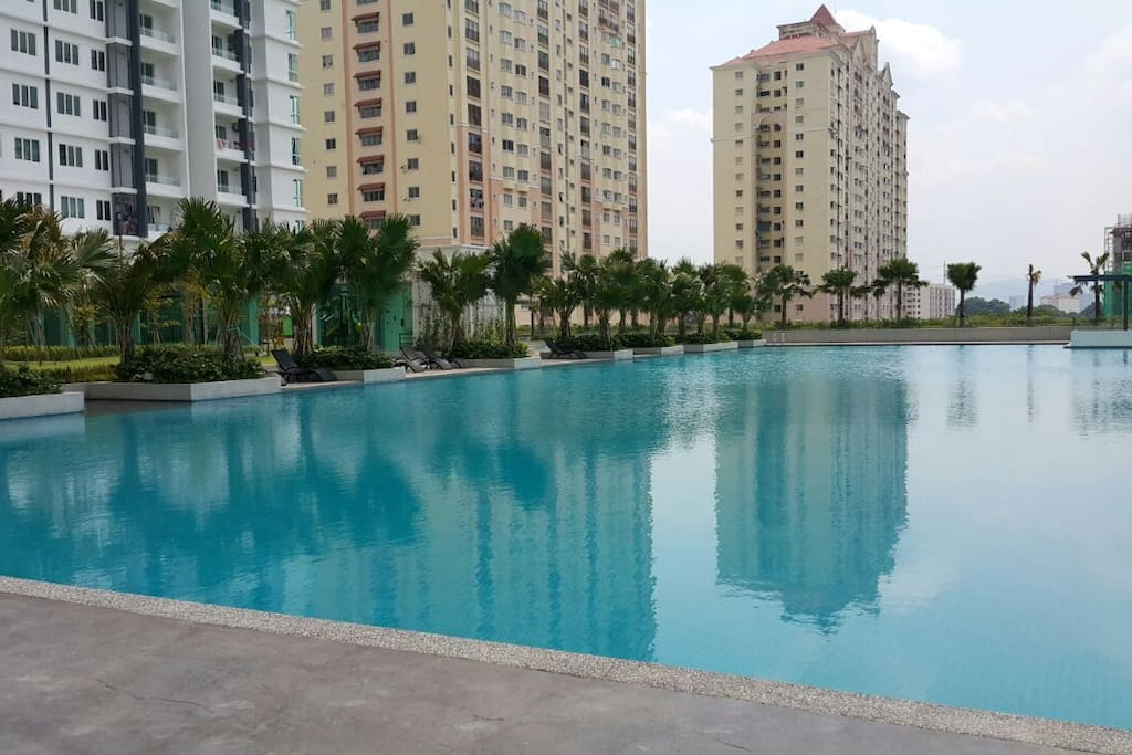 Olympic-size Infinity Pool