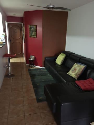 Sala de estar sem televisão