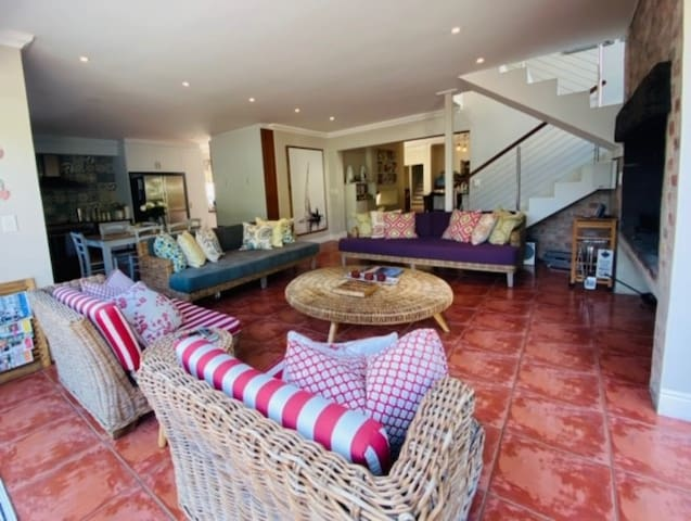 Mediterranean Gem-by-the-Sea - Hermanus (Onrus)