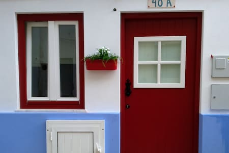 A casinha na Nazaré