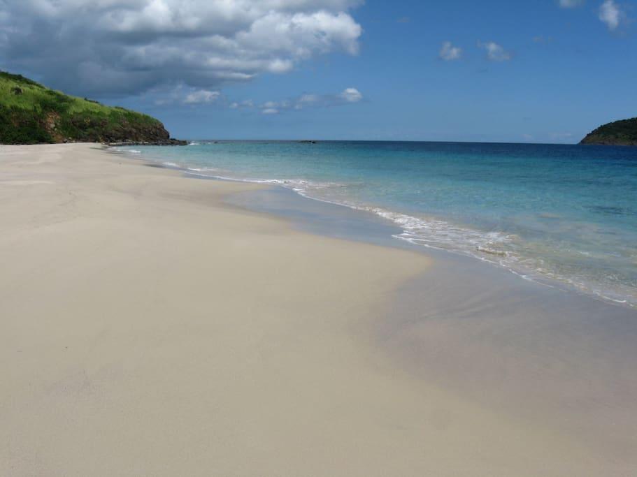 zoni beach is a short walk away