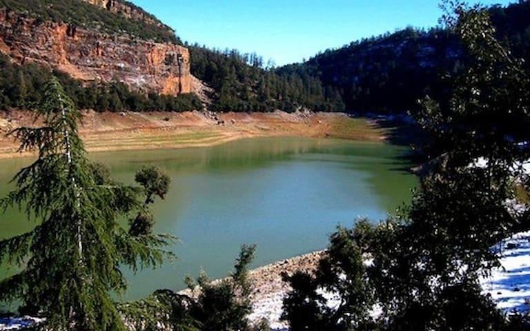 le lac bleu (Aguelmam Azegza)