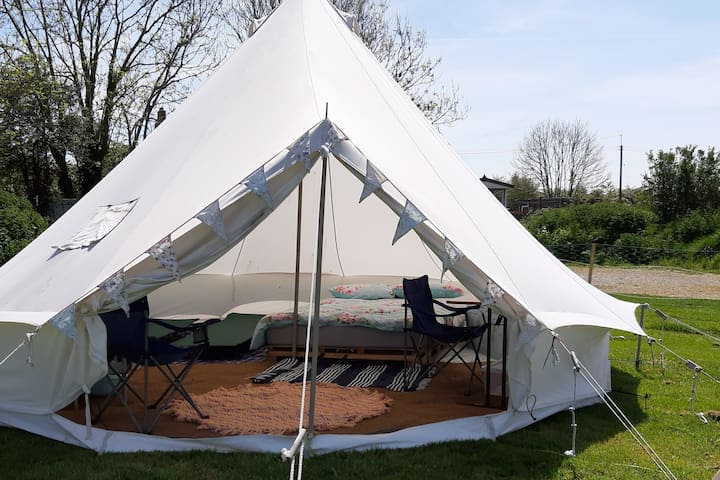 The Cosy Cwtch Bell Tent