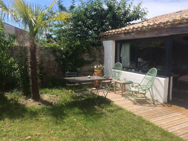 Belle petite maison/cabane à Noirmoutier