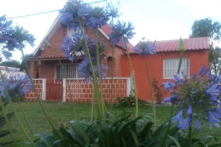 Casa en Barra del Chuy Rocha, sencilla pero comoda