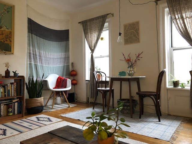 Bright, Bohemian Oasis in Fort Green!