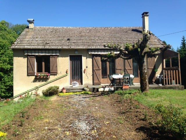calme et dépaysement a LE JARDIN en Corrèze