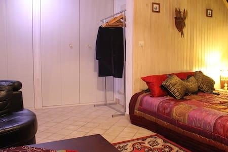 Magnifique chambre type chalet proche Paris /RER D - Brunoy