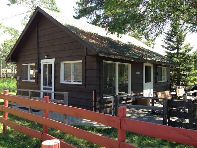 East Glacier Cabin, Park Getaway