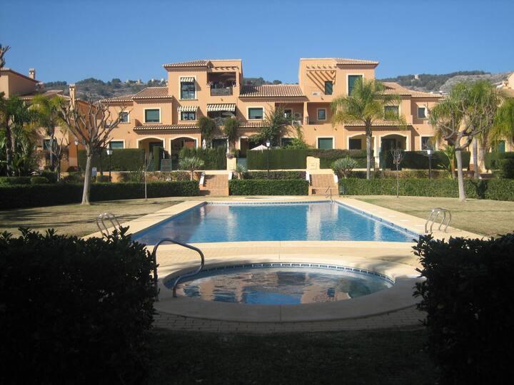 Stunning duplex HolidayHome | 4 bedr | airco |wifi