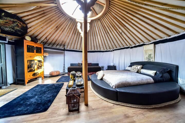 Oriental Yurt at Lincoln yurts.