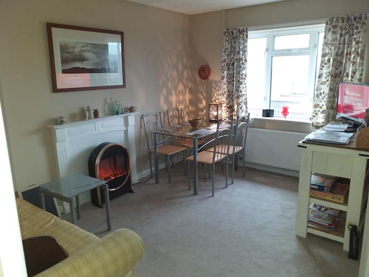 Garden flat, Crewkerne. Whole place to yourself.