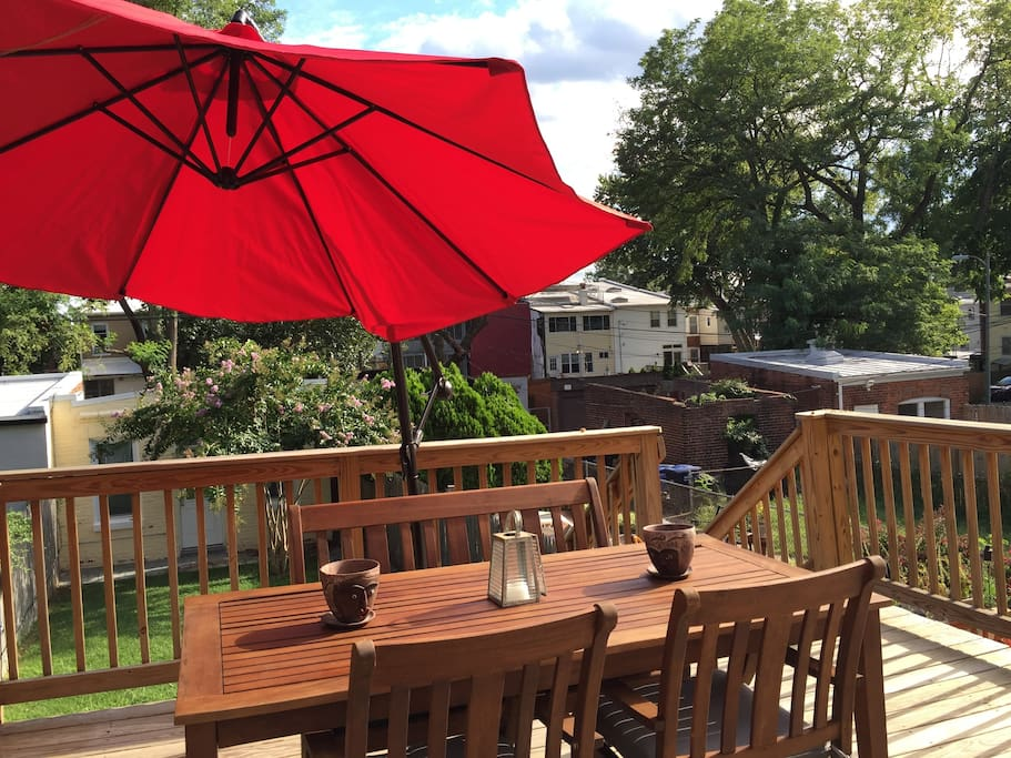 Spacious 2nd floor deck off of kitchen. Sit back, relax and enjoy a glass of wine in the evening or breakfast in the morning. Access to grill available for guest use