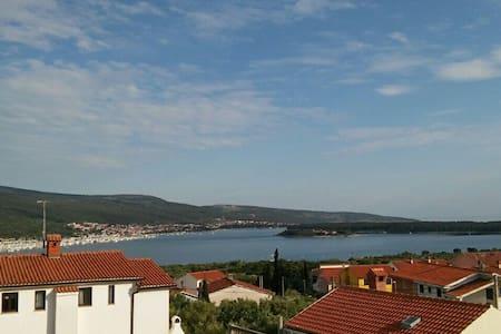 Amazing sea view - sweet apartment - Kornić