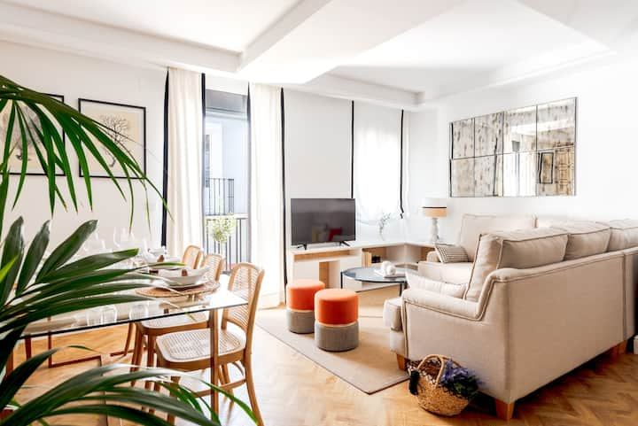 Exclusive and comfortable apartment at the center
