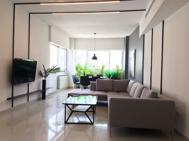 Sunny Apartment in the heart of Ashrafieh