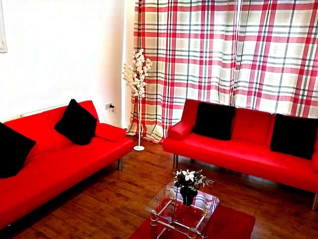 Manchester City Apartment near Victoria Station