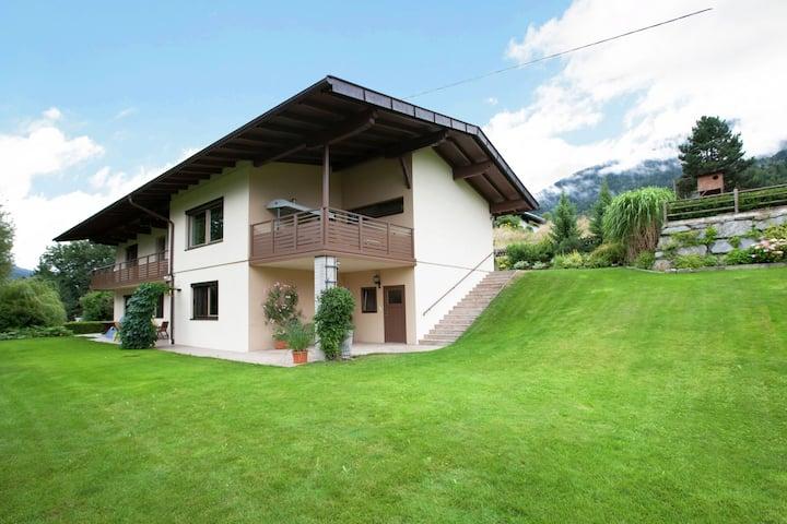 Suggestivo appartamento a Oberhofen im Inntal, vista monti