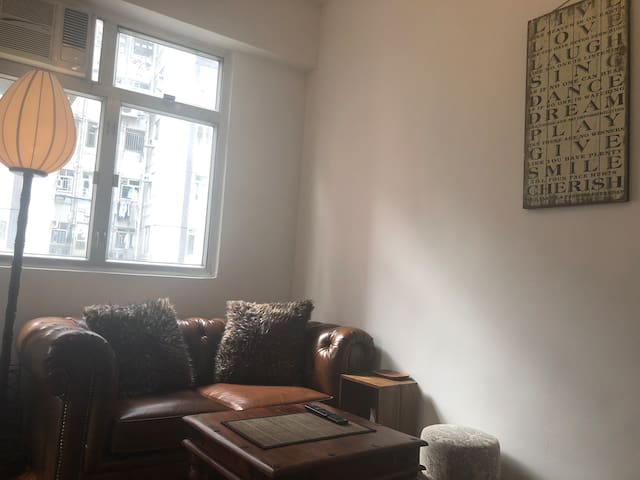Soho chilling apartment in Mid-levels, Central
