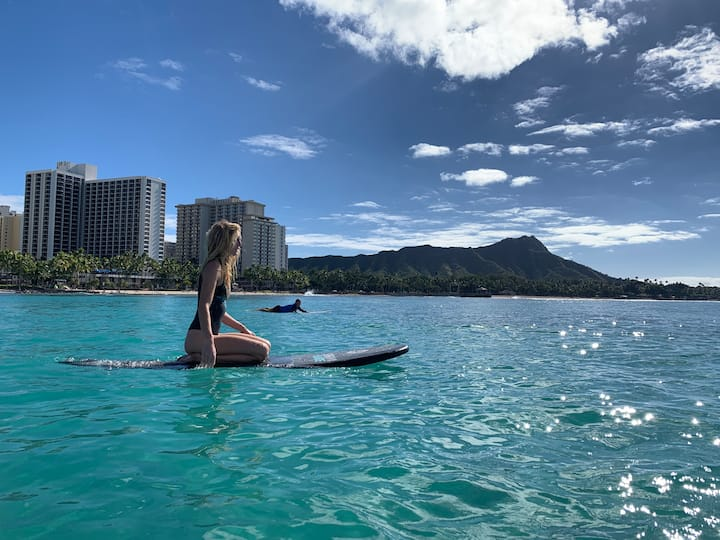 Mellow paddle-outs with Diamond Head