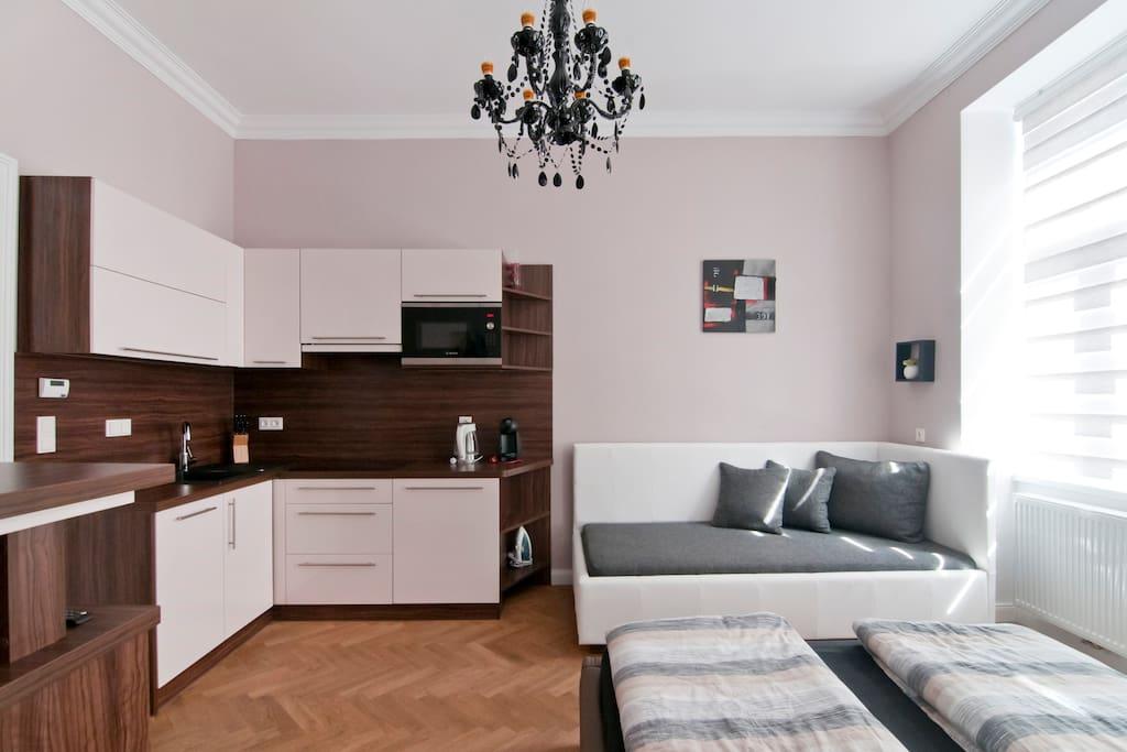 Airbnb Studio Apartment