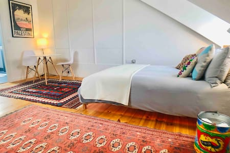 Camden Town fully self contained master bedroom