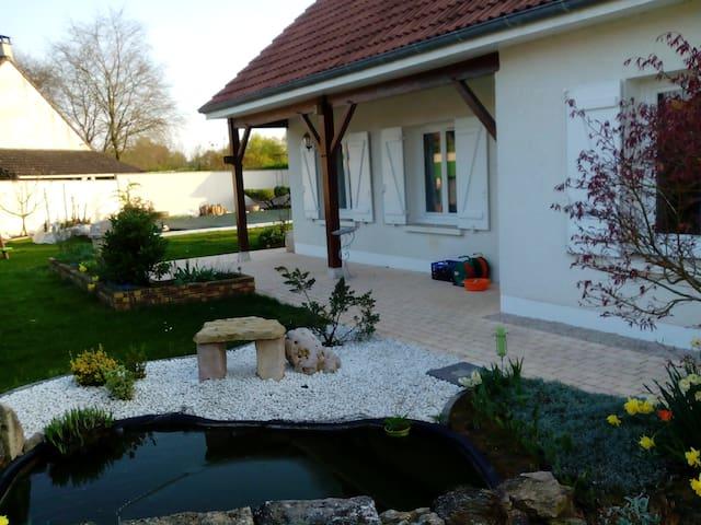 Maison entre vignoble et campagne bressane - Lans - Huis