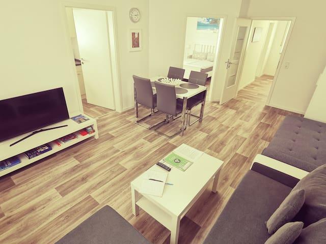 👍Super Saubere Wohnung, 2 Zimmer 50qm,NEU SANIERT