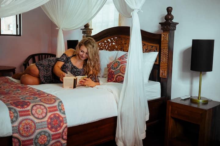 AUM - Cozy Private Room @ Ubud Centre
