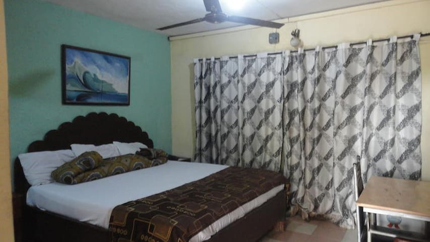 Hallmark Suites  Itori - Double Room