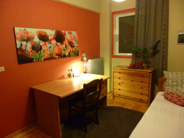 Cozy room in Lefkada town - Lefkada - Bed & Breakfast