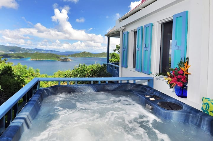 Sago Cottage: romantic, secluded w/private hot tub