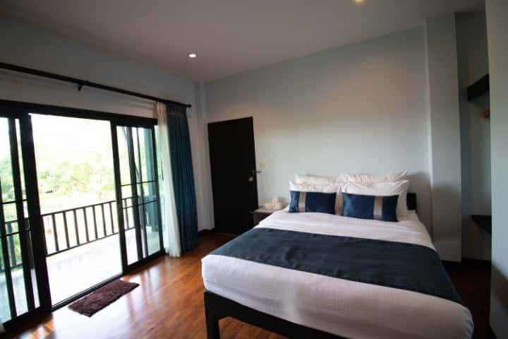 Luxurious Family Suite at Baansuan Huansilp