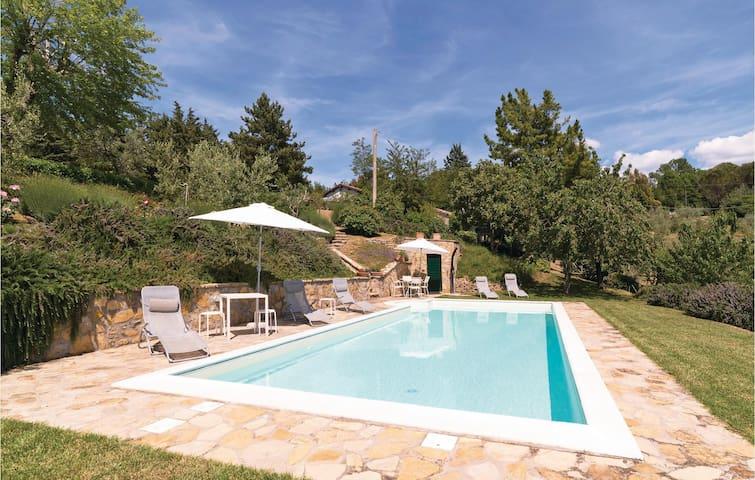 Holiday cottage with 1 room on 40m² in Ficulle TR