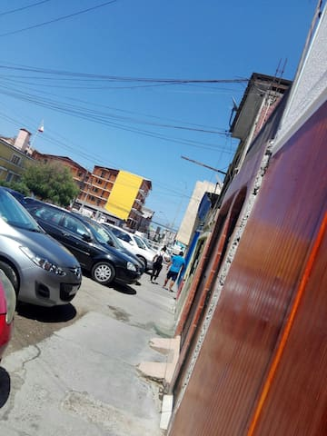 HOSTAL KUNZA IQUIQUE BAÑO PV2 central 30.000diario