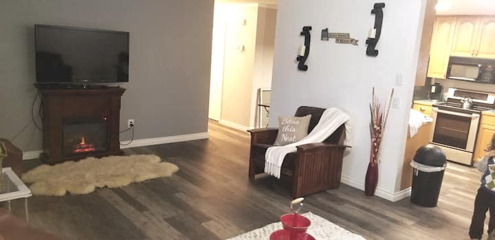Spacious Flat with Cozy Environment/sleeps 6