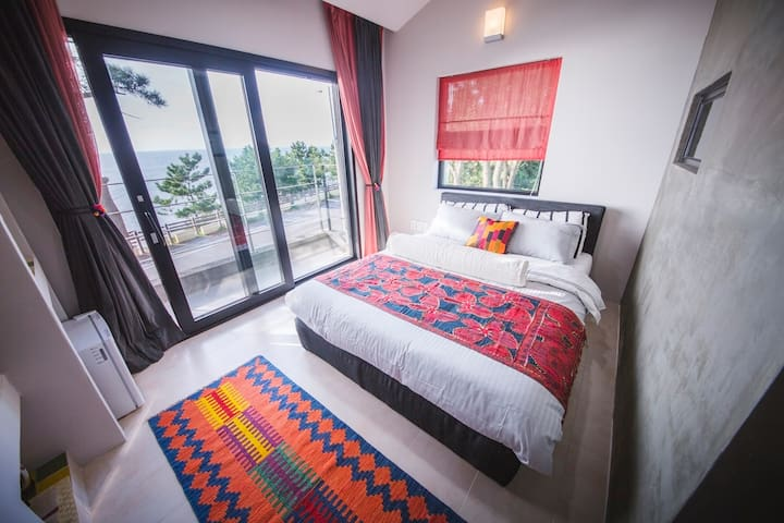 Chic B&B with stunning seaview #203 - Aewol-eup, Jeju-si - Bed & Breakfast