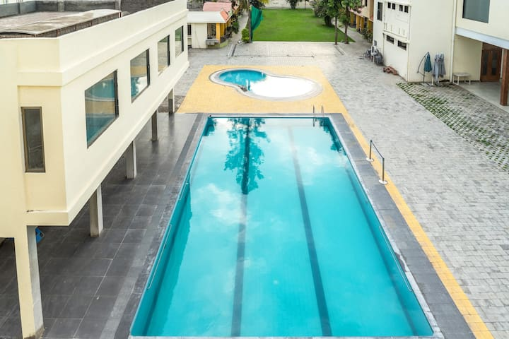 Resort for Large Group ! - Ahmednagar - Apartment