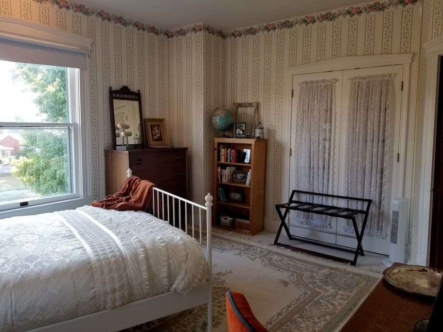 Rose Room- there is a dresser, closet, luggage rack, and reading material for your use!