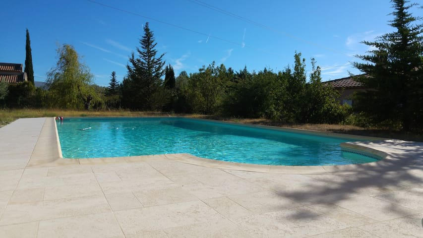 Countryside villa w/ pool, 7p. - Allauch - Villa