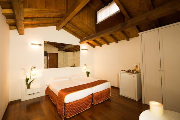 Venice room WITH BRAKFAST
