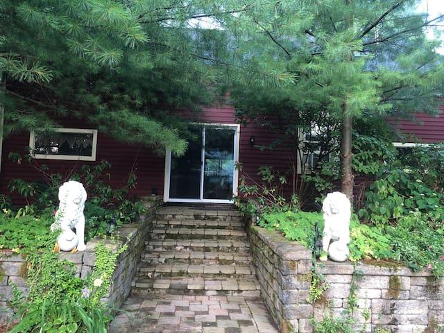 Maya's Garden House