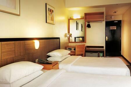Genting Highlands Hotel - Genting Highlands - Bed & Breakfast