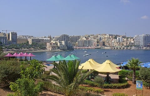 Luxury Studio Apartment (Best Part Of Sliema)