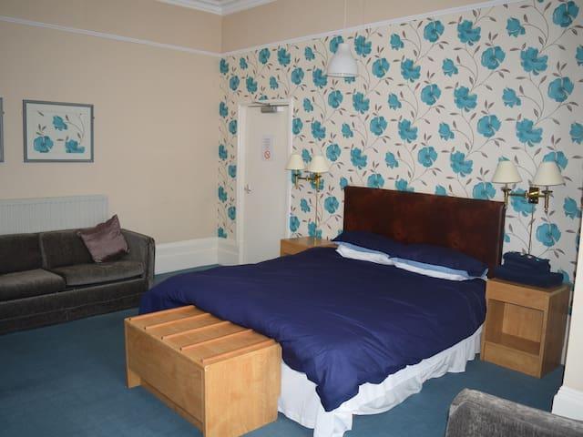 Room 1/2 Portland Hotel