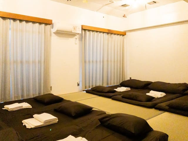 Japanese Modern Room2(Shared Bathroom)