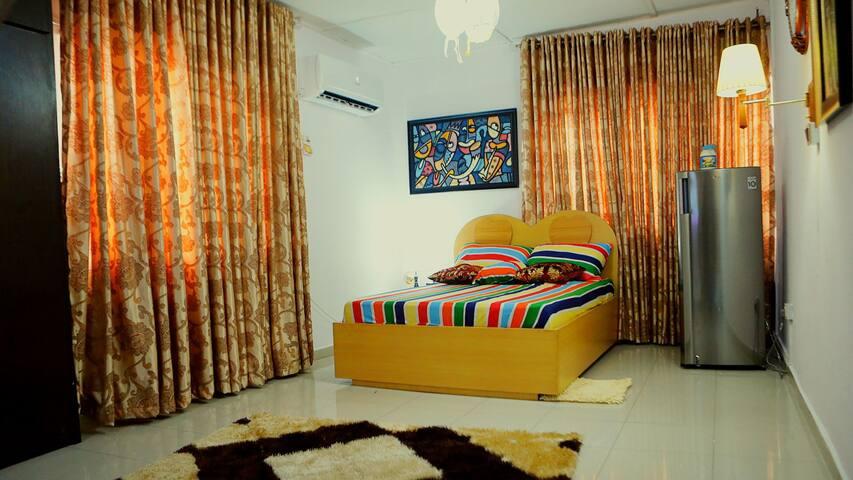 Screenland Apartment